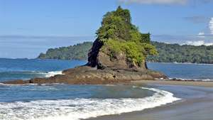 Costa Rica Super Yacht Cruise