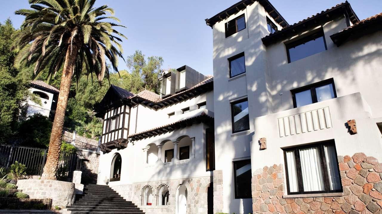 Exterior Front View, The Aubrey, Santiago, Chile