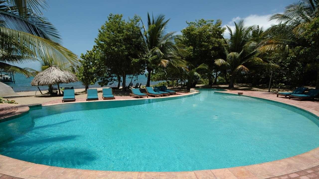 Pool, Hamanasi Adventure and Dive Resort, Stann Creek, Belize