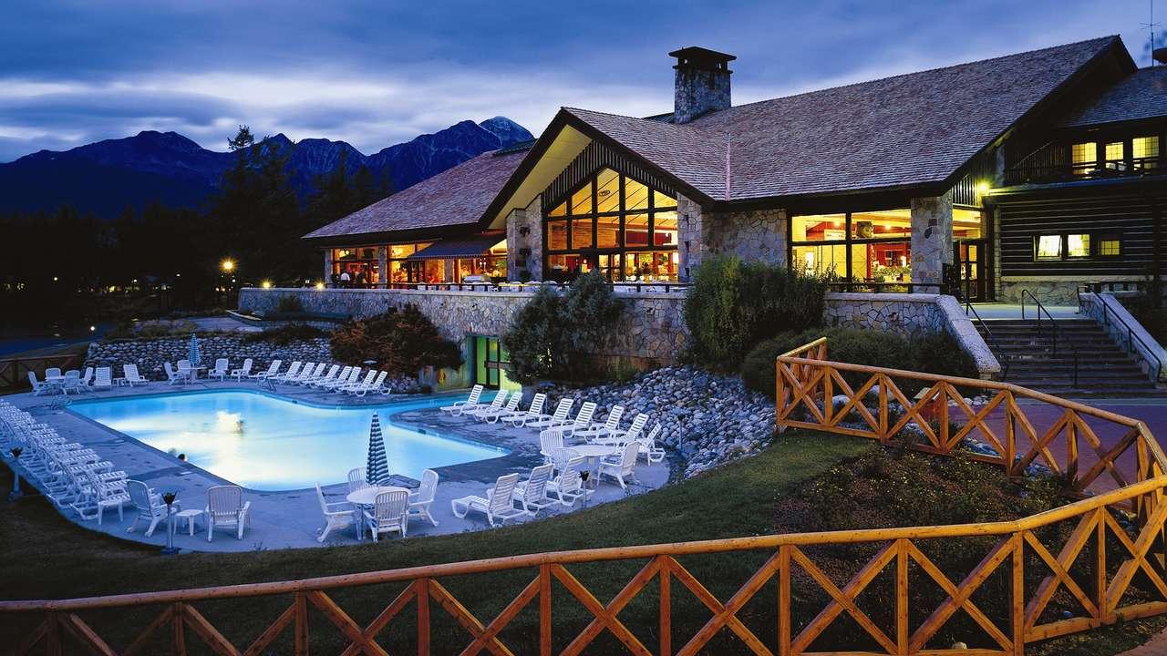 Pool, Fairmont  Jasper Park Lodge, Jasper, Canada