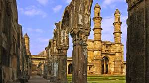 Indian Subcontinent Holidays - Steppes Travel